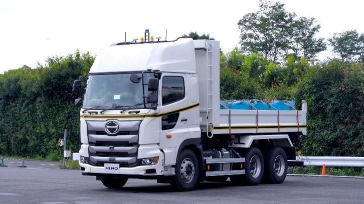 大型トラック「日野プロフィア」 ダム建設現場自動運転実証実験 車両紹介